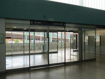Puertas de Cristal SAP - Mantenimiento puertas automáticas de Organismos Oficiales - Sistemas Automáticos de Paso