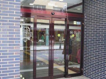 Puertas de Cristal SAP - Mantenimiento puertas automáticas de Centros Comerciales - Sistemas Automáticos de Paso