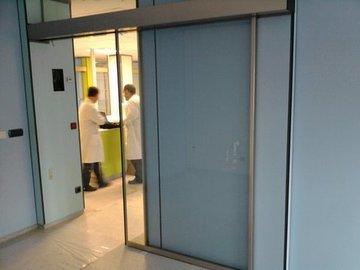 Puertas de Cristal SAP - Mantenimiento puertas de cristal automáticas en Centros Sanitarios - Sistemas Automáticos de Paso