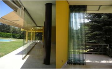 Puertas de Cristal SAP - Cierre de Vidrio  Casa de Campo - Sistemas Automáticos de Paso
