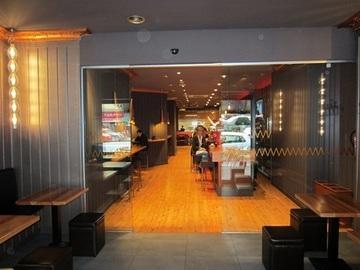 Puertas de Cristal SAP - Puerta de cristal automática. Restaurante Naguar - Sistemas Automáticos de Paso